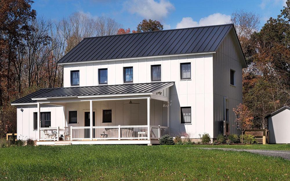 Varm: Scandinavian classic design - Two stories, 3-5 bedrooms, 2.5-3.5 baths1500 - 3000 sq. feet