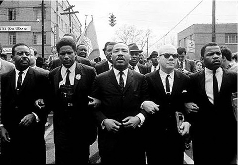 steve-schapiro-martin-luther-king-marching-for-voting-rights-with-john-lewis,-reverend-jesse-douglas,-james-forman.jpg