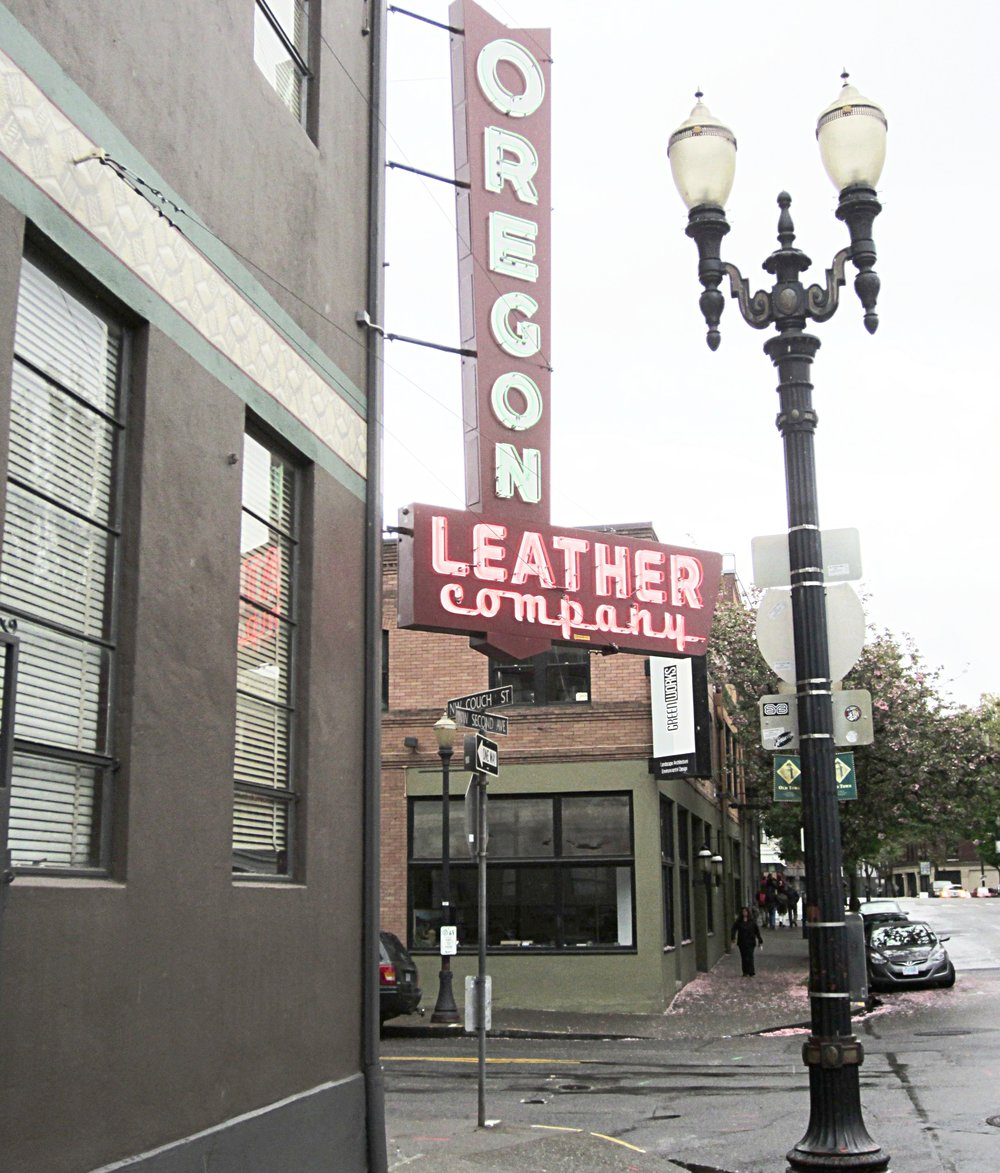 Oregon_Leather_Co.,_Portland,_Oregon_(2014)_-_2.JPG