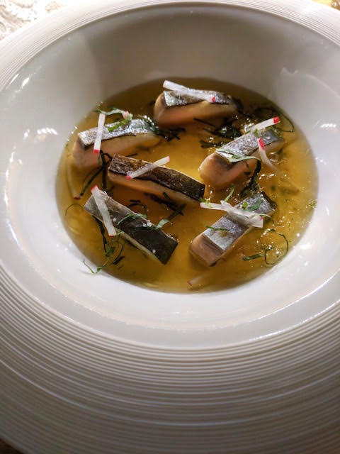 MACKERAL EN ESCABECHE  kombu broth, radish and shiso