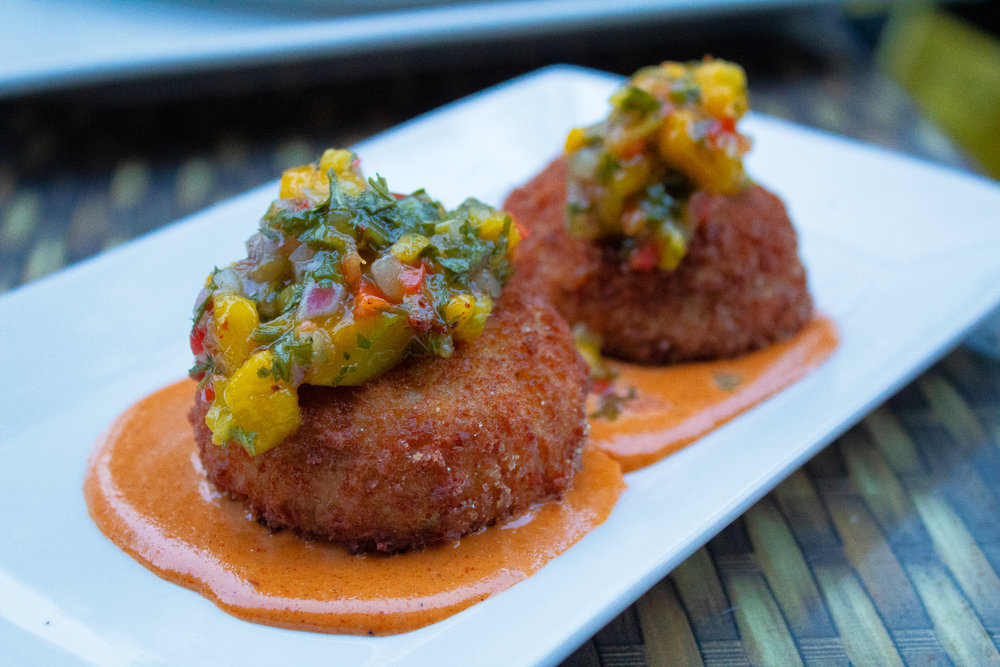 Jumpo Lump Crab Cakes with Mango Salsa