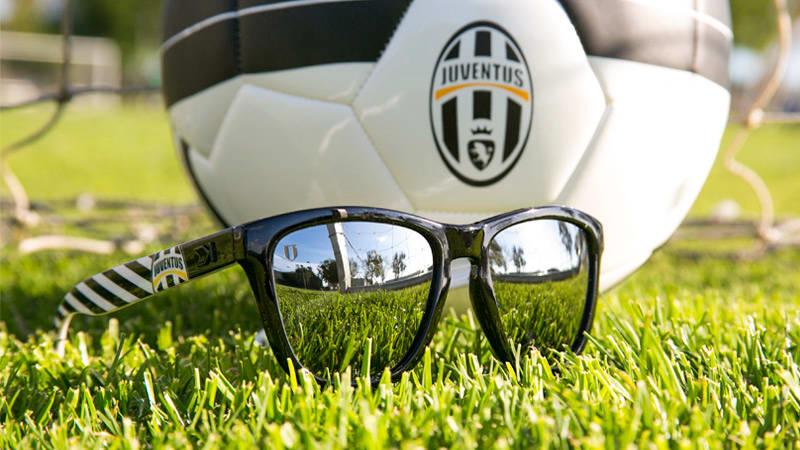 knockaround-juventus-sunglasses-lifestyle_omzbnc.jpg