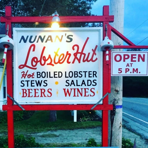 Local's Picks - Nunan's Lobster Hut 9 Mills Rd., Kennebunkport, Cape PorpoiseNunan's is a favorite local spot: the row-house style building has a lobster net on the ceiling. The hut has long, bench-style seating and serves lobsters any way you want: steamed, in a stew, on a roll, or in a salad. Two miles from Dock Square, the restaurant is definitely recommended for a visit. Word to the wise: the hut is cash-only and serves beer and wine.The Landing Store157 Summer Street, Kennebunk, ME 04043The Landing Store is a locally-owned country store that has been around for over 100 years. The chowder and convenience store is a great spot for some chowdahh and a beer.Mabel's Lobster Claw 124 Ocean Ave, Kennebunkport, Maine 04046Open April through October, stop by Mabel's for an old-fashioned feast of Maine seafood standbys. Try the traditional baked stuffed lobster (with bread filling) or the sea scallops. There's also an ice cream spot right next door for dessert.Old Salt's Pantry 5 Ocean Ave, Kennebunkport, Maine 04046This local spot is exactly what it sounds like—located right in the heart of the port, stop by for a lobster roll or some chowder. Try to go on a sunny day, as indoor seating is limited.