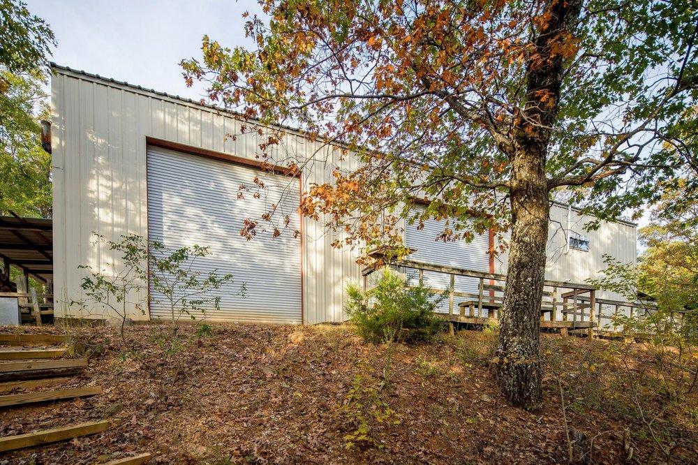 Exterior - Cliffhanger 1.jpeg