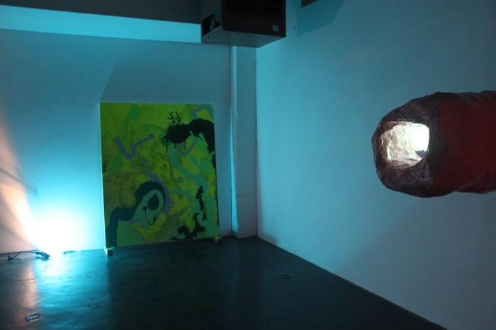 Kelly Sweeney, Full Moon,2015. Acrylic on Herringbone Linen; 150 x 180 cm.