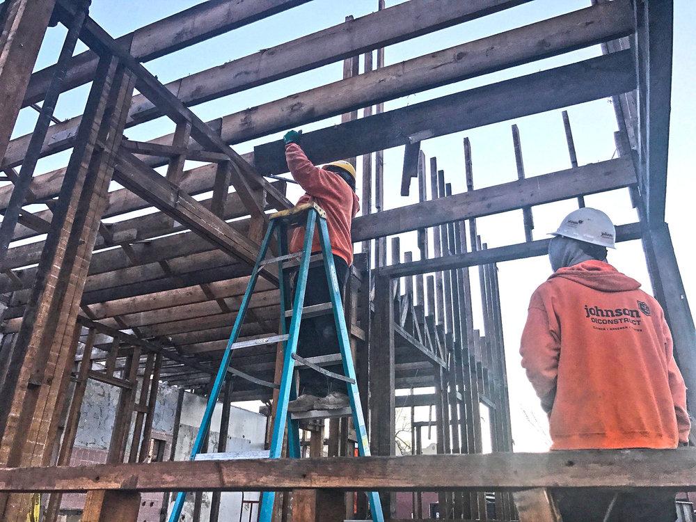 Workers_IMG_0484.jpg