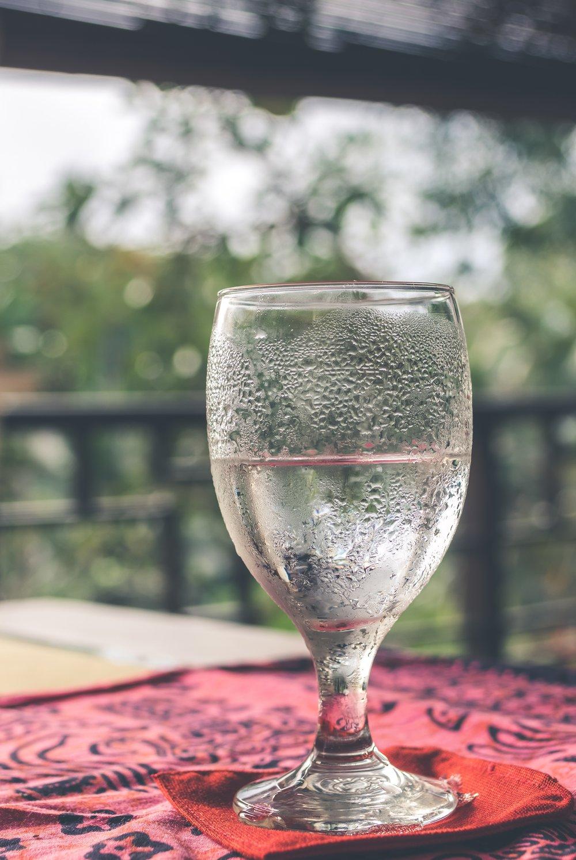 alcohol-aqua-background-1088542.jpg
