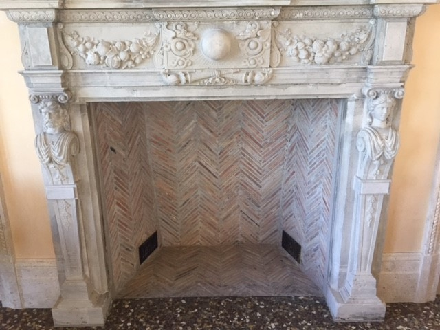 Antique fireplaces surround in Bella Fortuna  - From Clarendon Park Estate in Wiltshire, UK, circa 1740:
