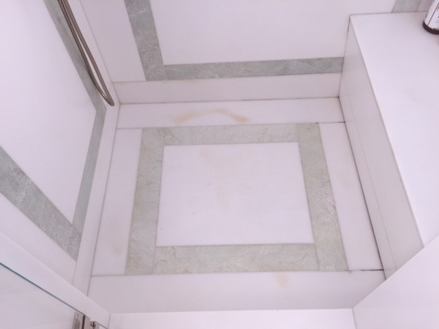 Invisible shower drain - Queen's bathroom shower marble slab floor