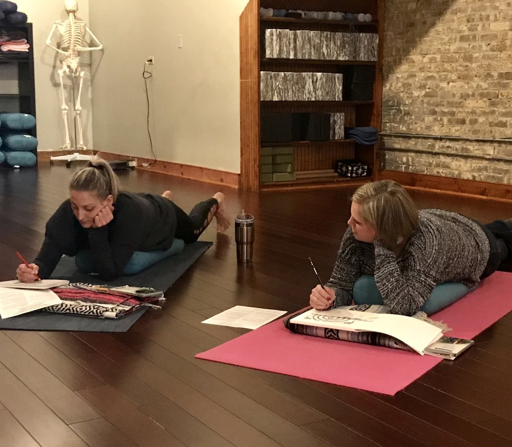 2018 therapeutic coloring workshop at sama yoga studio in dundee il