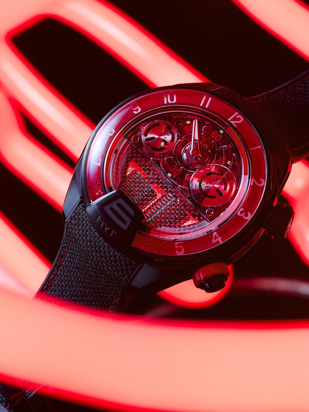 HYT-H4-RedFluid-3000x2250px-RGB.jpg