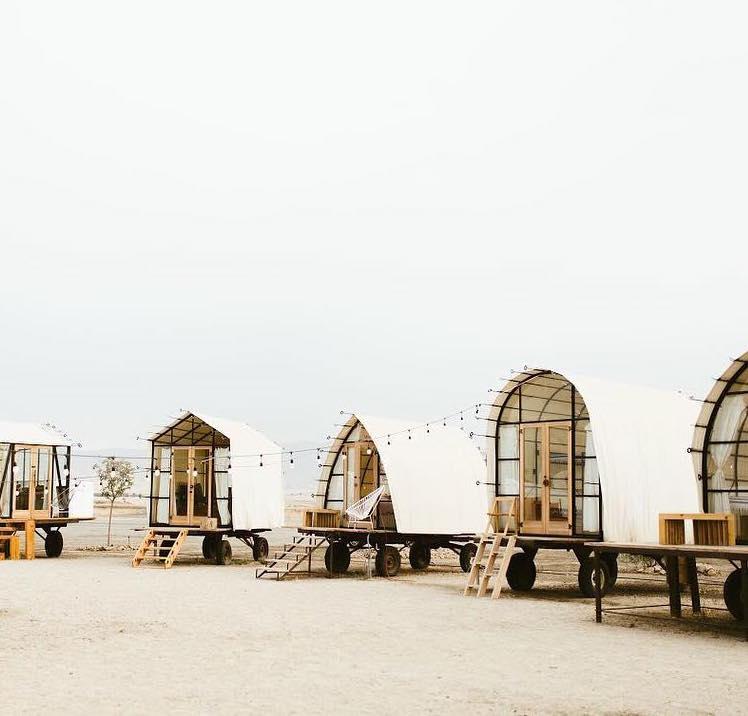 cabins & lodges -