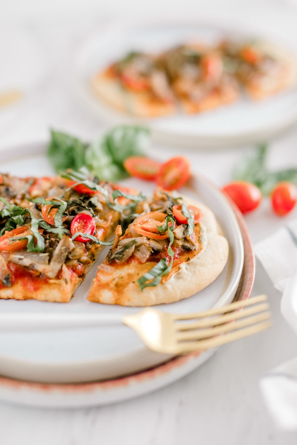 Vegan Flatbread Pizza with Mushroom Marsala & Basil | Whole Foods Plant Based Pizza | Italian Flatbread Pizza | Laurenda Marie