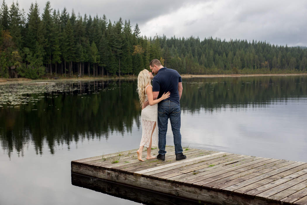 Whonnock Lake, Amanda Coldicutt Photography, Maple Ridge Photographer, Engagement, Engagement Photo, Wedding Photographer, BC