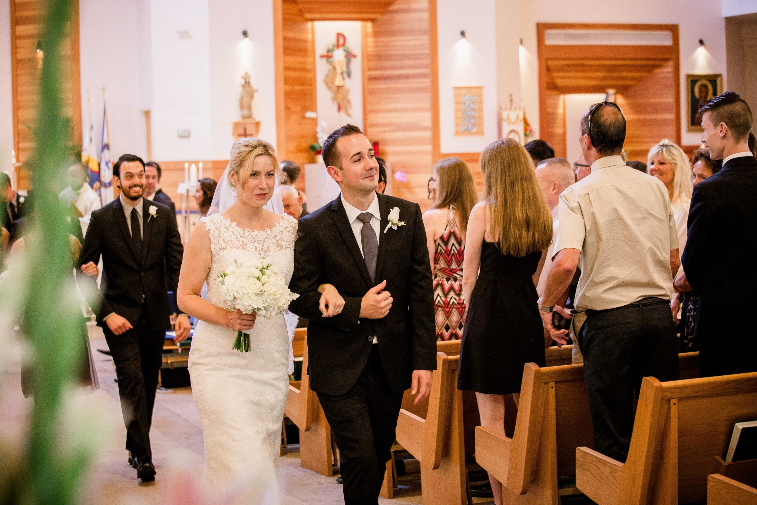 wedding photos st. matthews parish