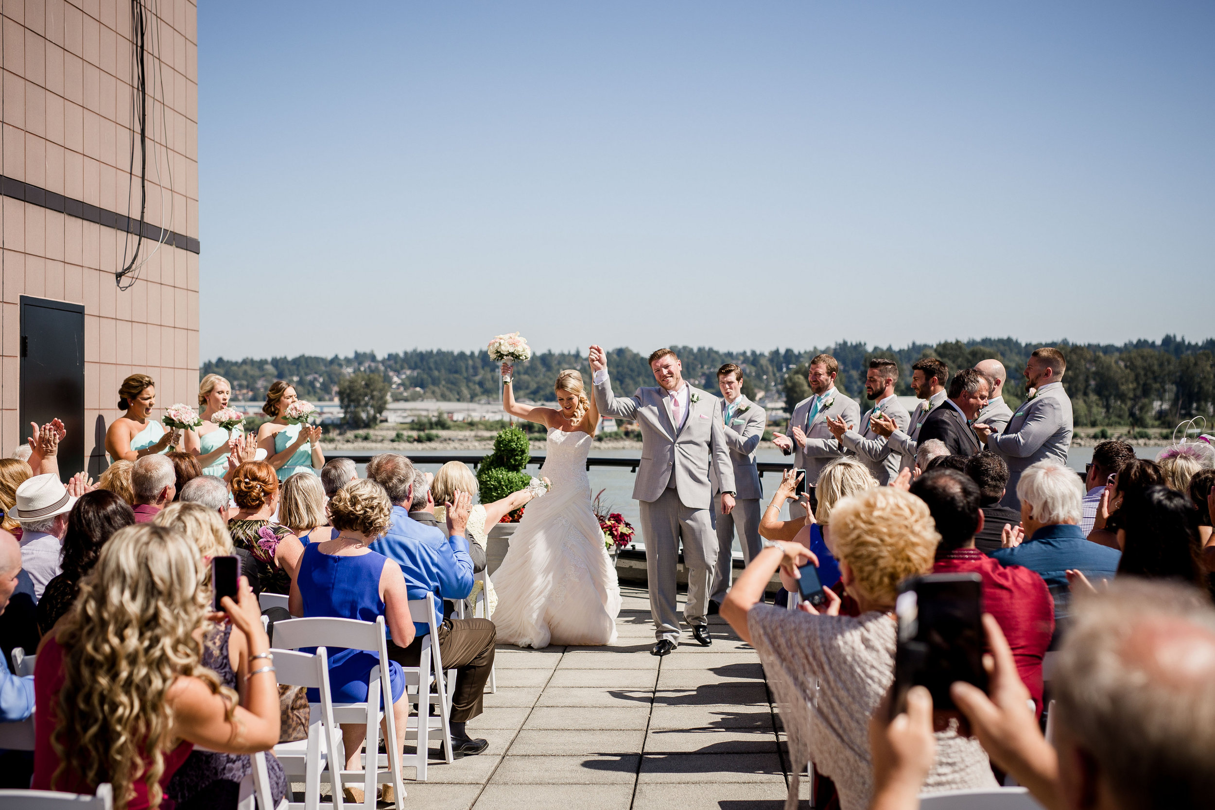 wedding-on-the-inn-at-the-quay-patio