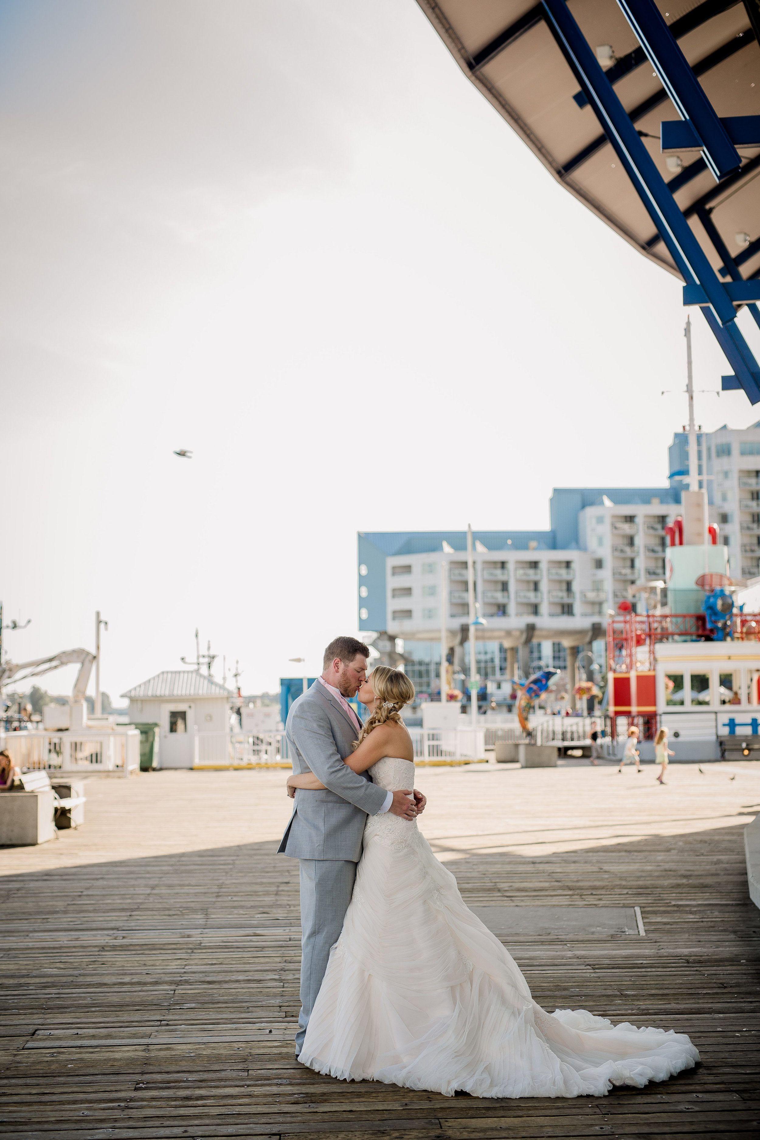 new-westminster-quay-wedding-photos