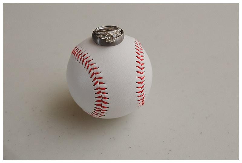 baseball-wedding-photo