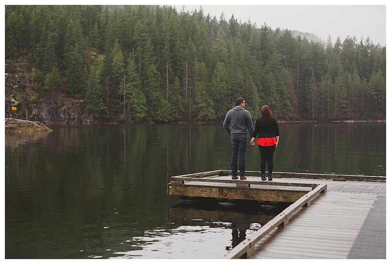 engagement photos at buntzen lake