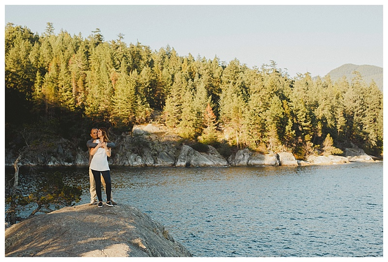 engagement photographs at lighthouse park