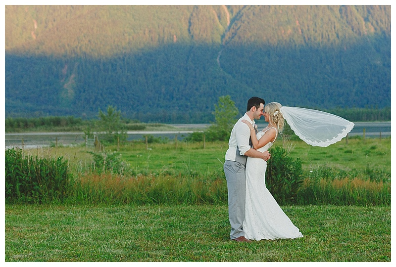 fraser-river-lodge-wedding_0053