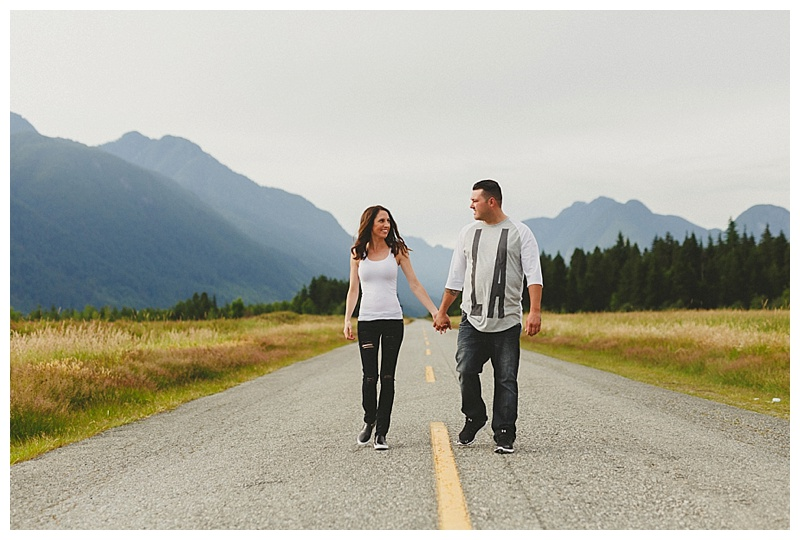 engagement photographer in pitt meadows