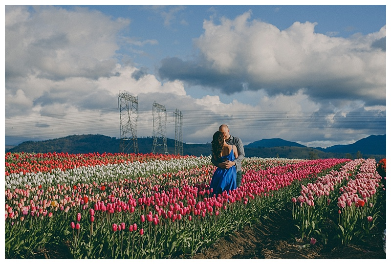 engagement photos at abbosford tulip festival
