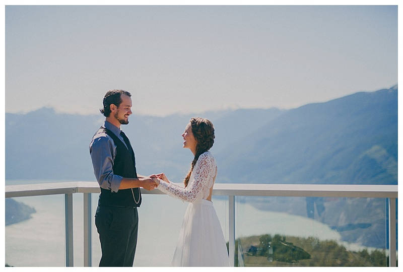 wedding at sea to sky gondola