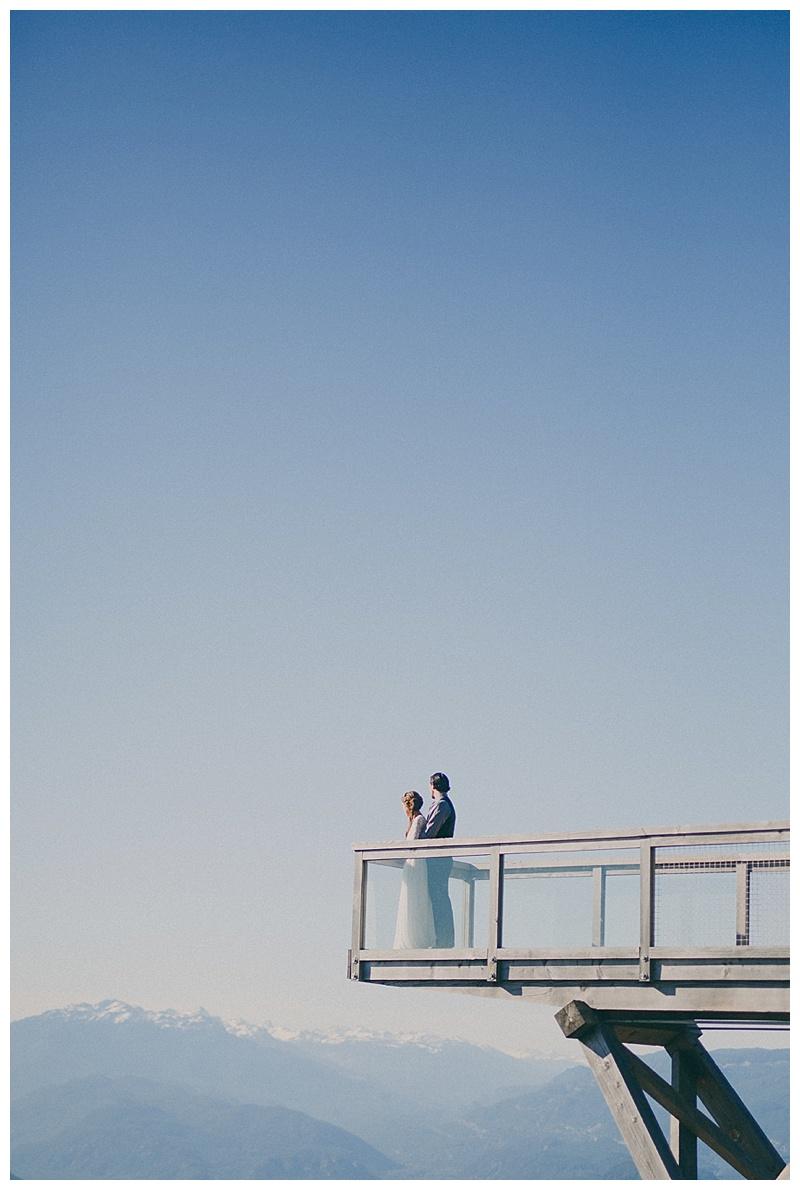 elopement at sea to sky gondola