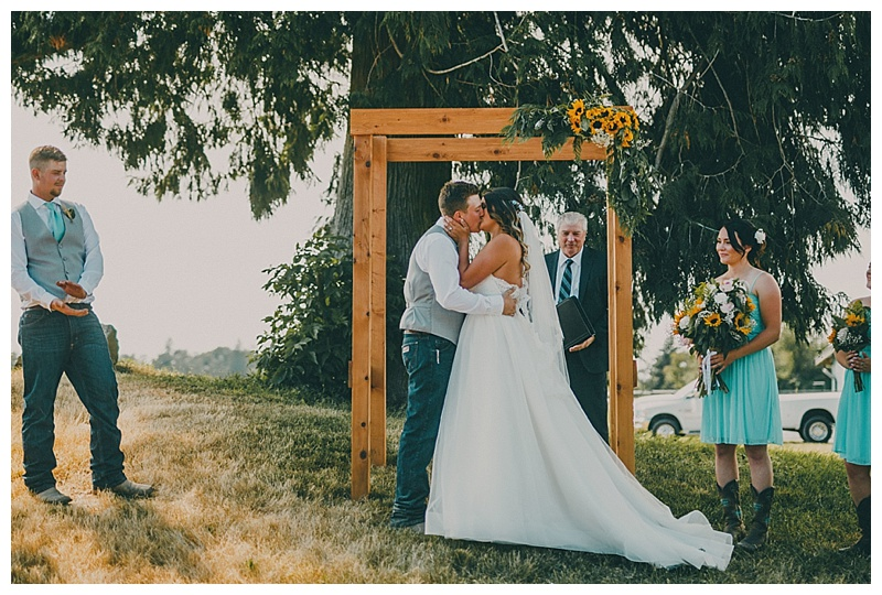 wedding photographer in abbotsford
