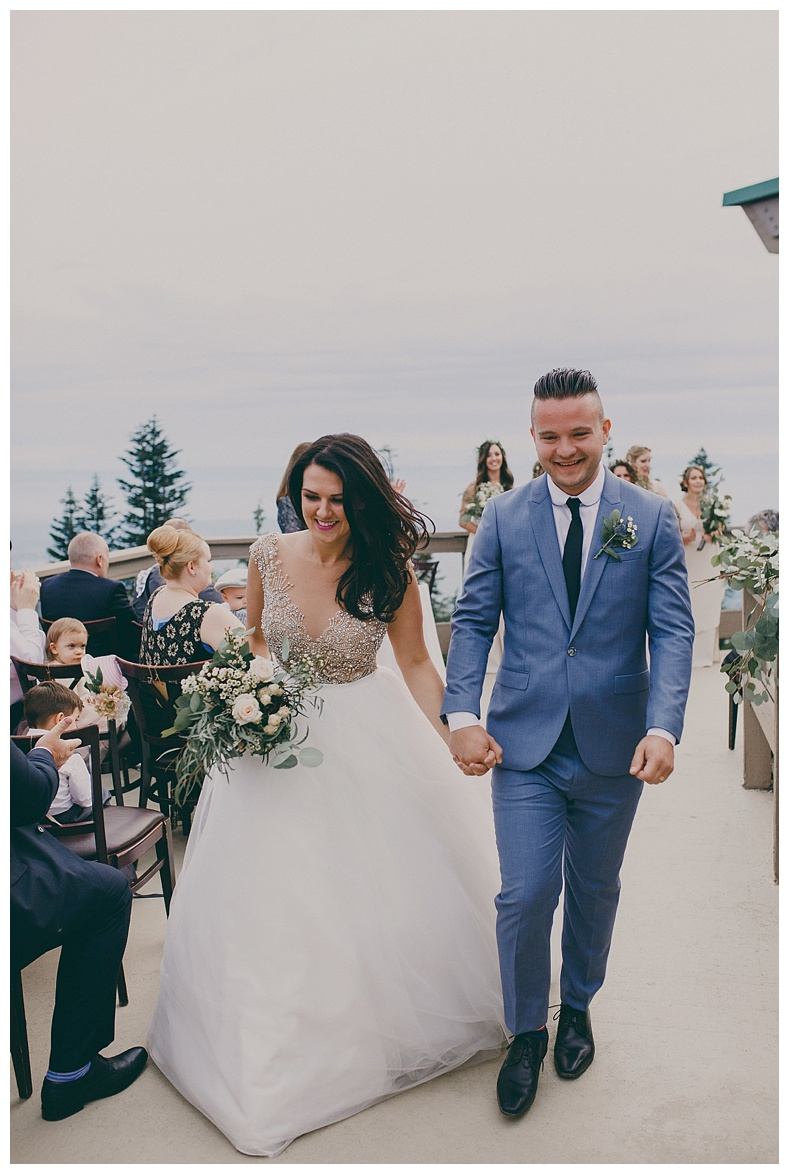 wedding photography at grouse mountain