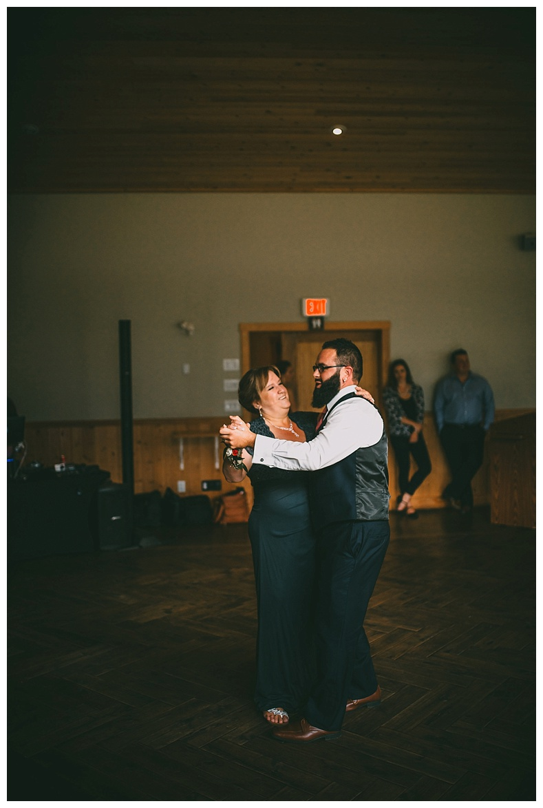 fraser-river-lodge-wedding-photography_0076.jpg