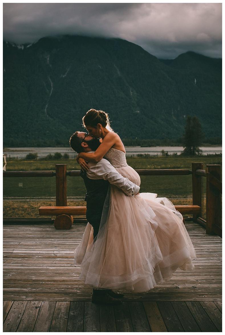 fraser-river-lodge-wedding-photography_0097.jpg