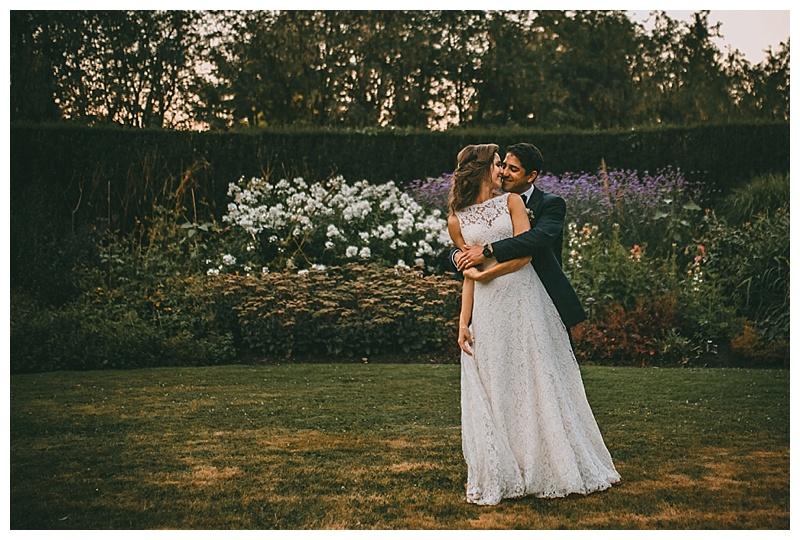 wedding photos at van dusen botanical garden
