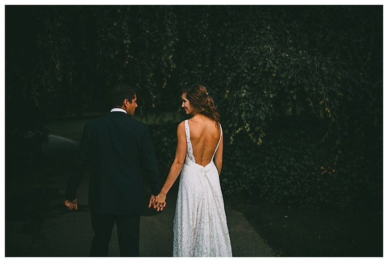 wedding photos at van dusen botanical garden