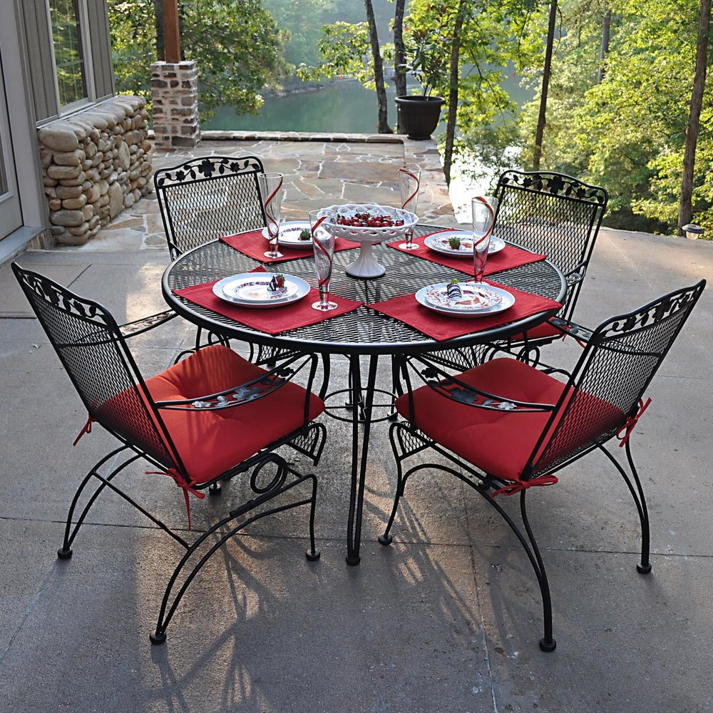 Wrought-Iron-Patio-Furniture-With-Cushions.jpg