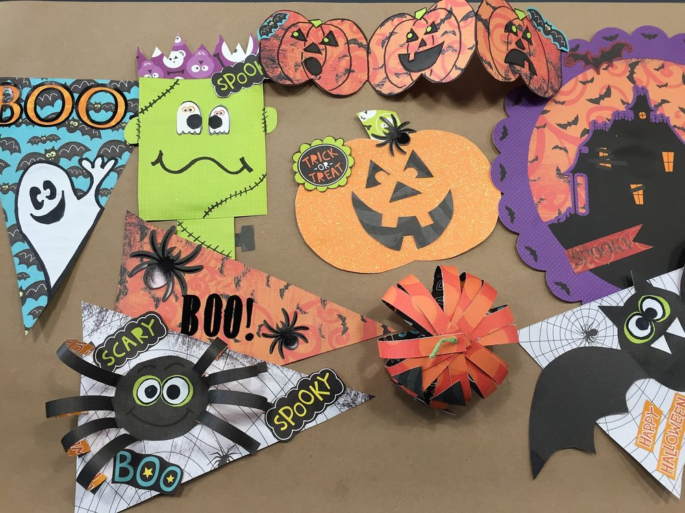 hallloween paper crafts.JPG