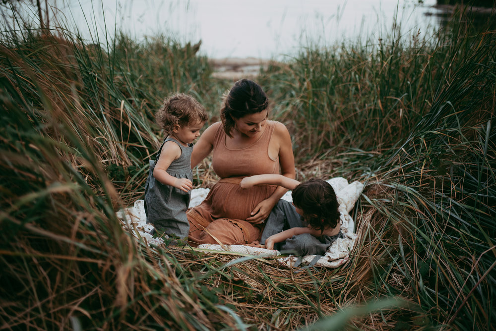 Vancouver_Maternity_Paige_Lorraine_Photography (3).jpg