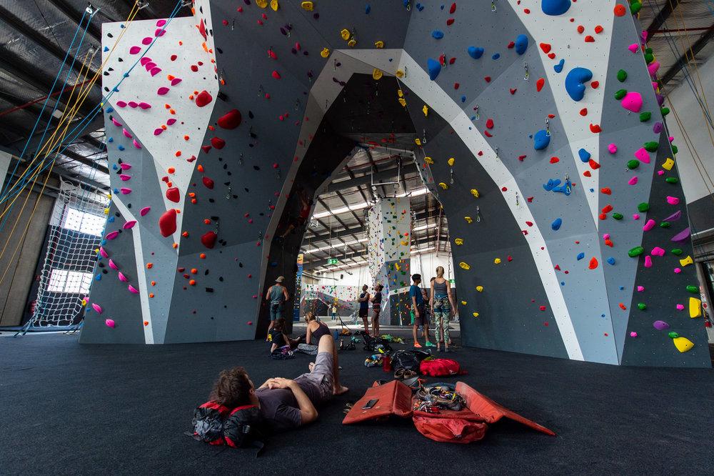 Climbfit_kirrawee_comingsoon_leadclimbing_arch_relaxing