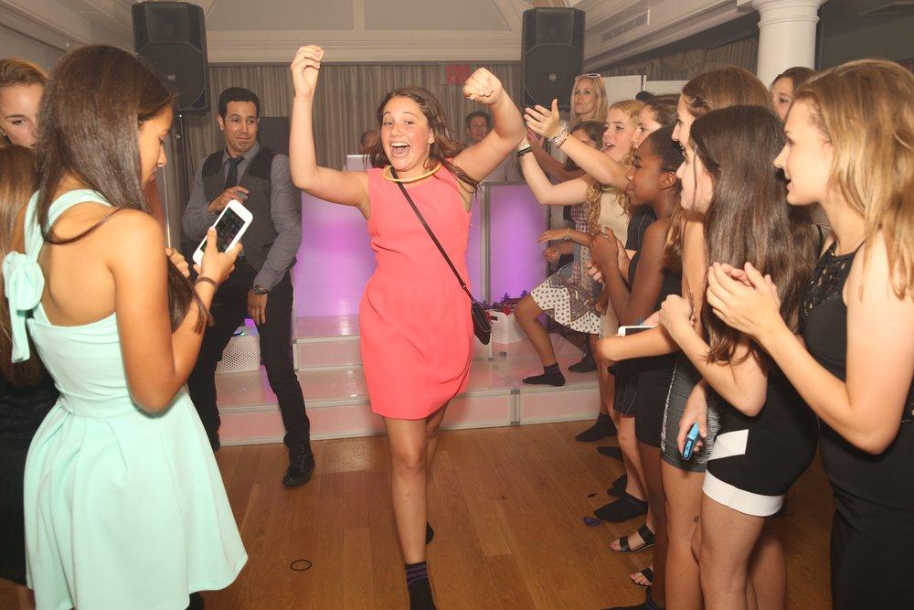 bat mitzvah dancing.jpg