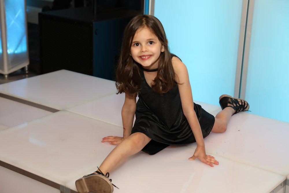 bat mitzvah little girl.JPG