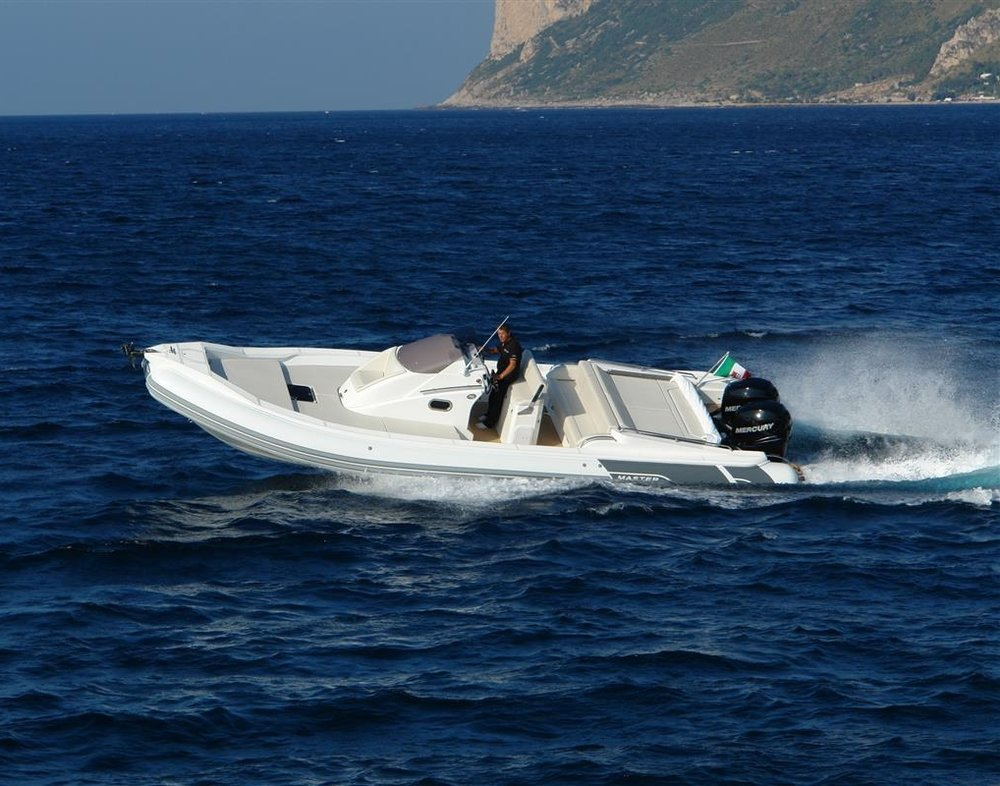 996 Magnum - £98,000 excl outboard