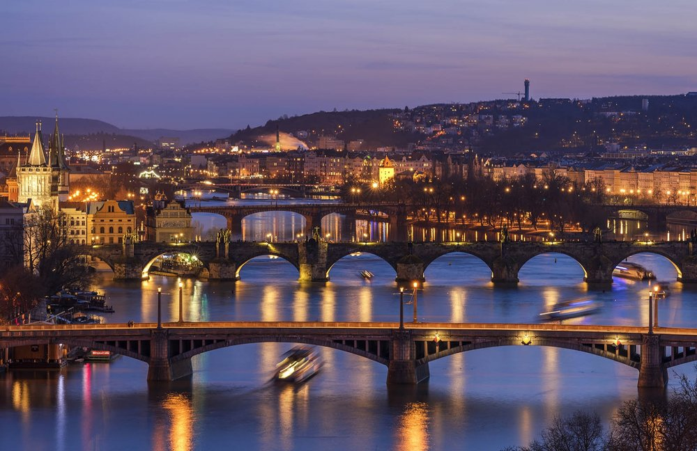 Prague-Panorama-Cityscape-Travel-Europe-Zeiss