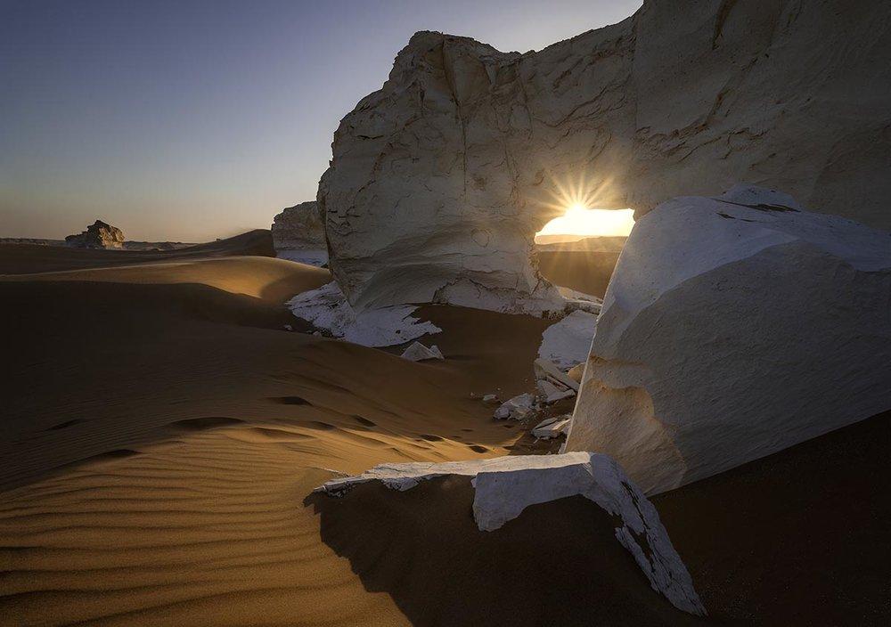 White desert Arch