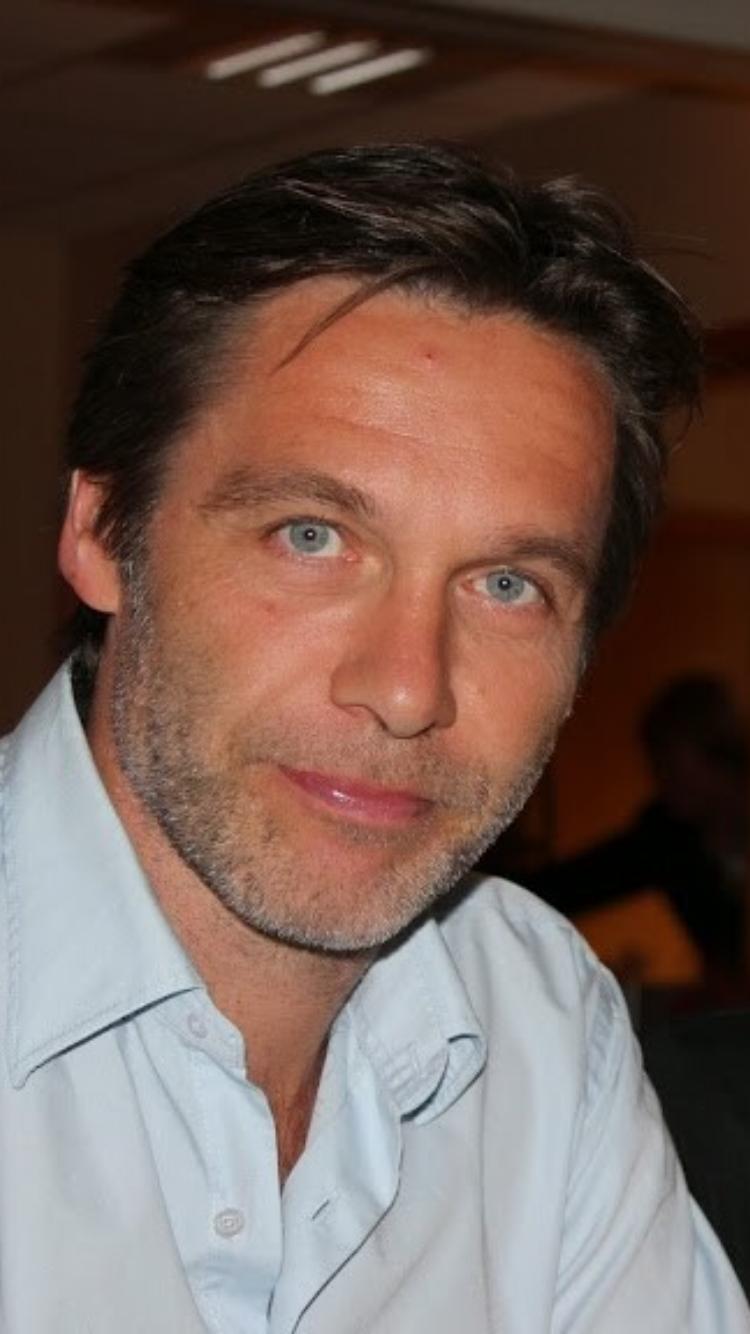 Forfatter Ove Olsen Sæle