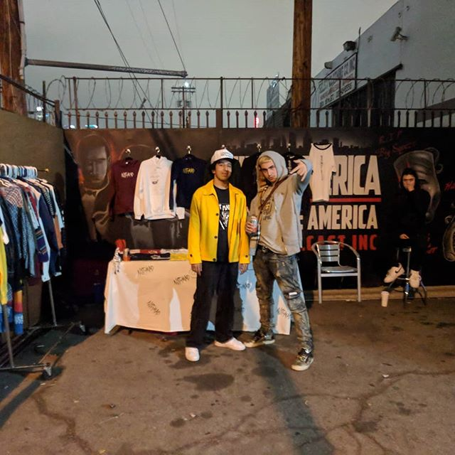 The Not Mad Booth was a huge success!! Sold a bunch of stuff on the low so watch out for the next one💥💥💥 thank you @yungperj and @zaners2redo