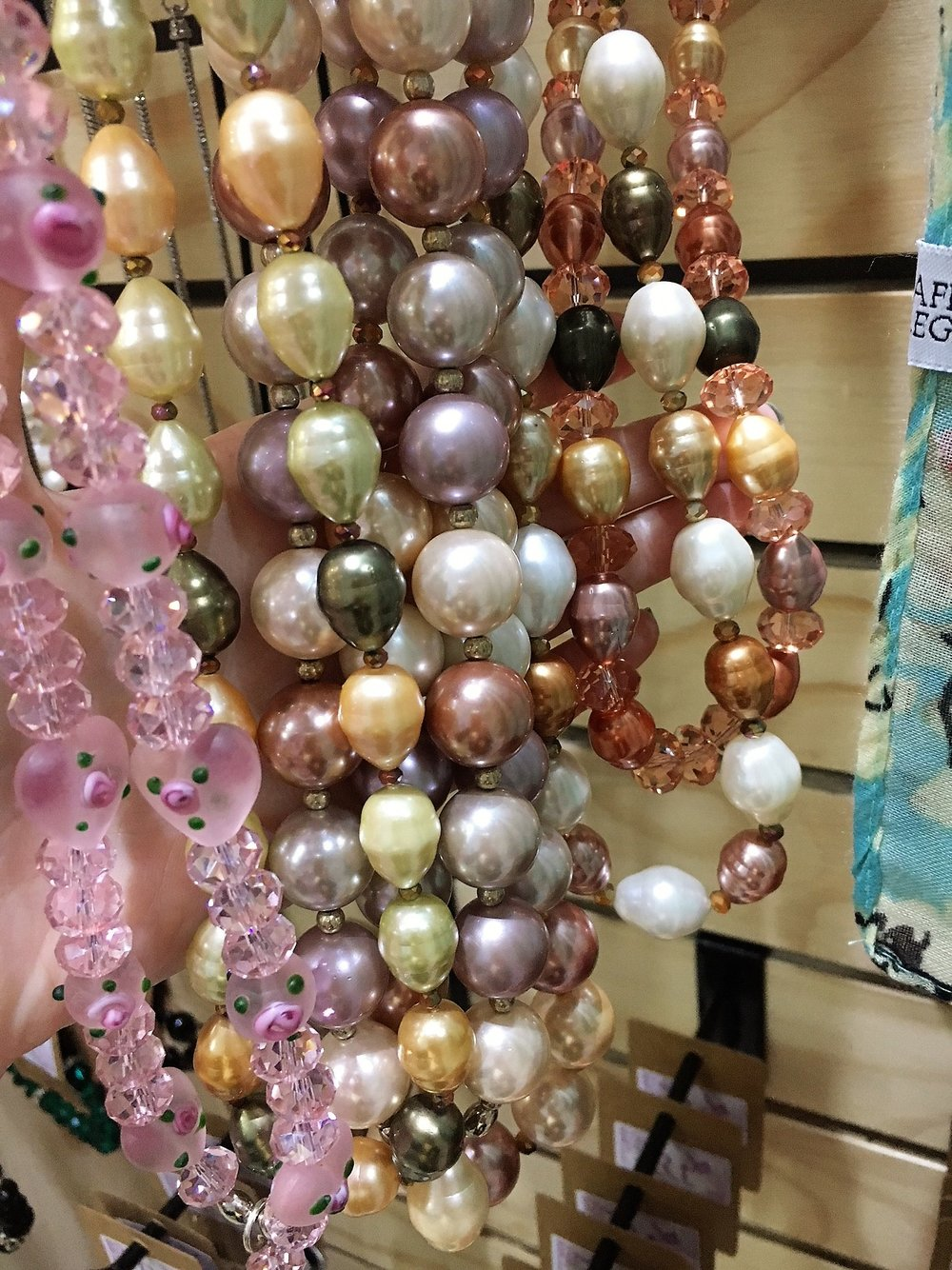 Various Pearl & Glass Beaded Necklaces