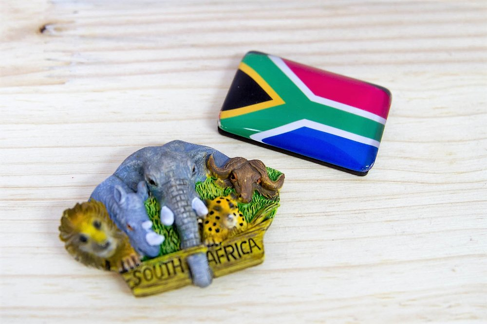 Big 5 & SA Flag Magnets - R 55 to R 70 - Magnets available are as pictured.