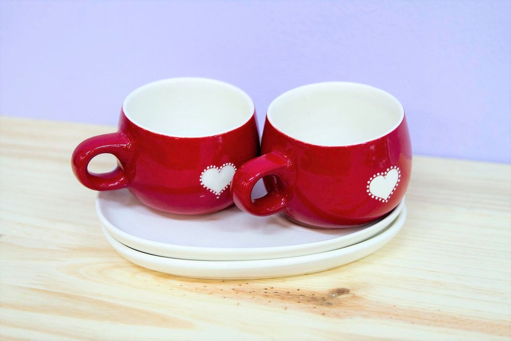Heart Teacup & Saucer Set - R 385 - A set of two teacups and two saucers.