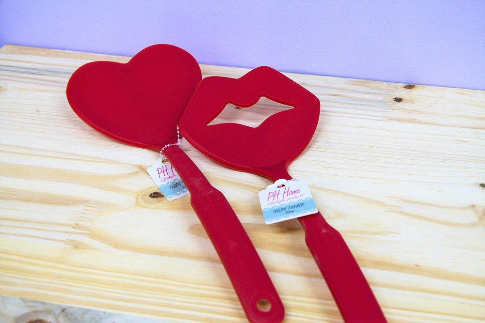 Heart & Lips Nylon Turners - R 60 each - The cutest kitchen accessories that won't scratch your cookware!